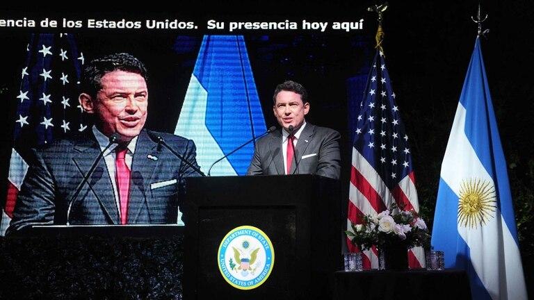 Noah Mamet, embajador de EE.UU., encabezó los festejos del 4 de Julio