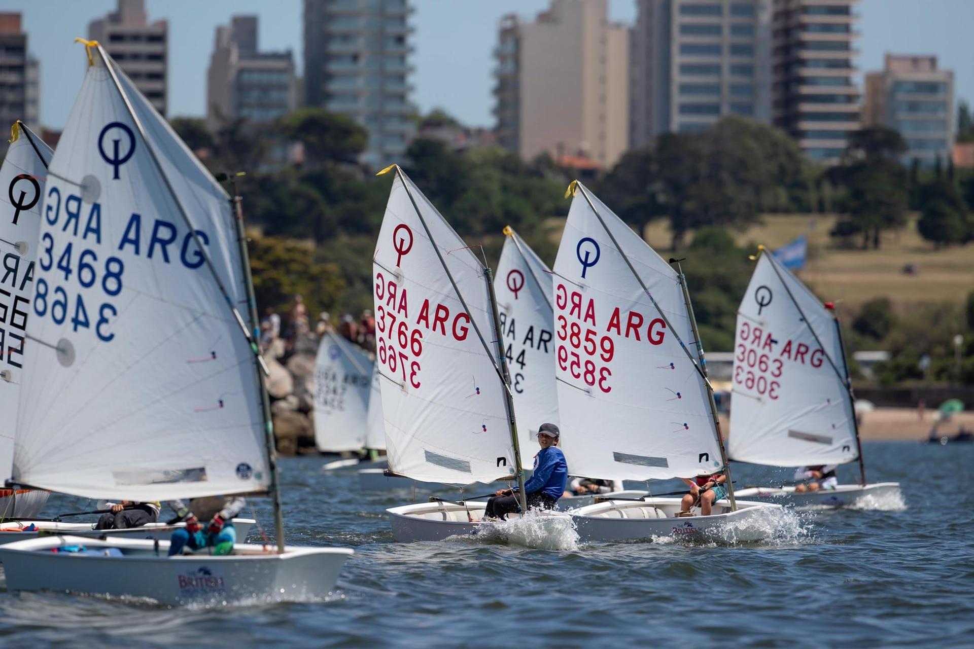 Desde el pasado domingo, 730 participantes de 12 países fueron parte de la Semana de Yachting en Mar del Plata