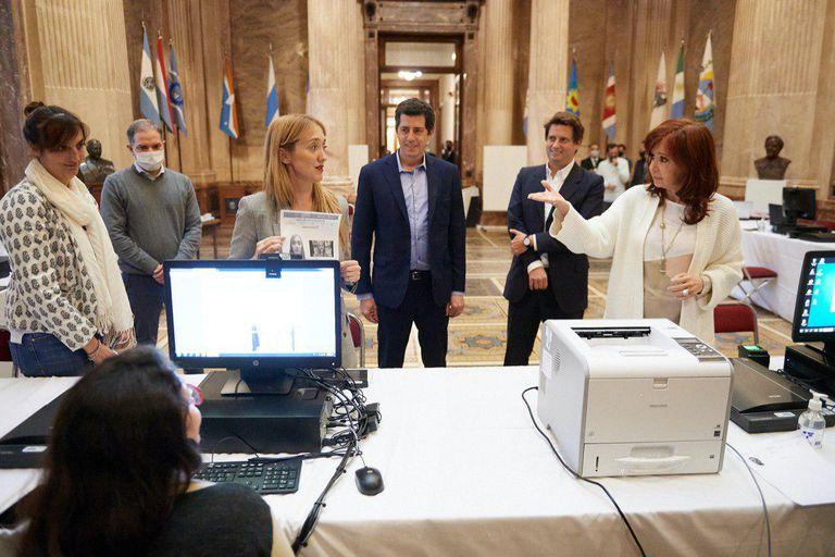 Cristina Kirchner junto a la senadora Fernández Sagasti, impulsora del proyecto de expropiación de Vicentin