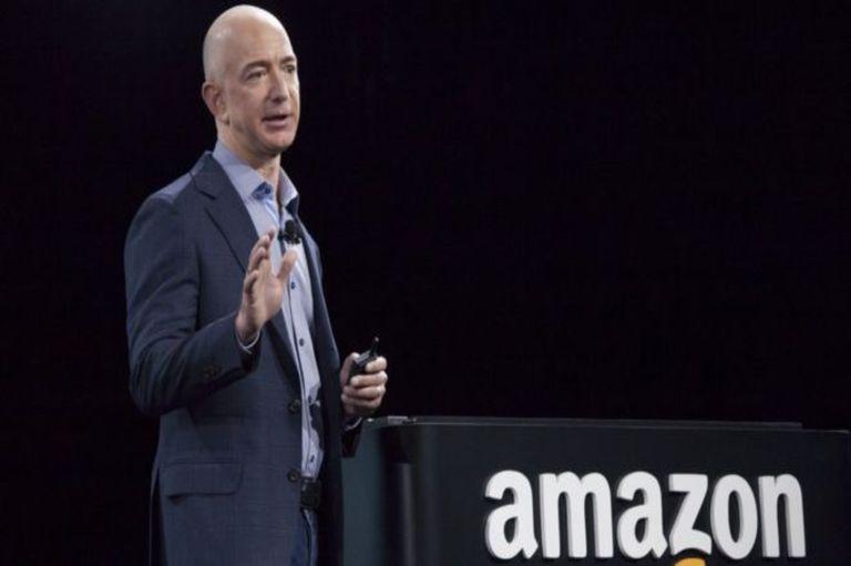 Amazon se convirtió en la empresa más valiosa del mundo y superó a Microsoft