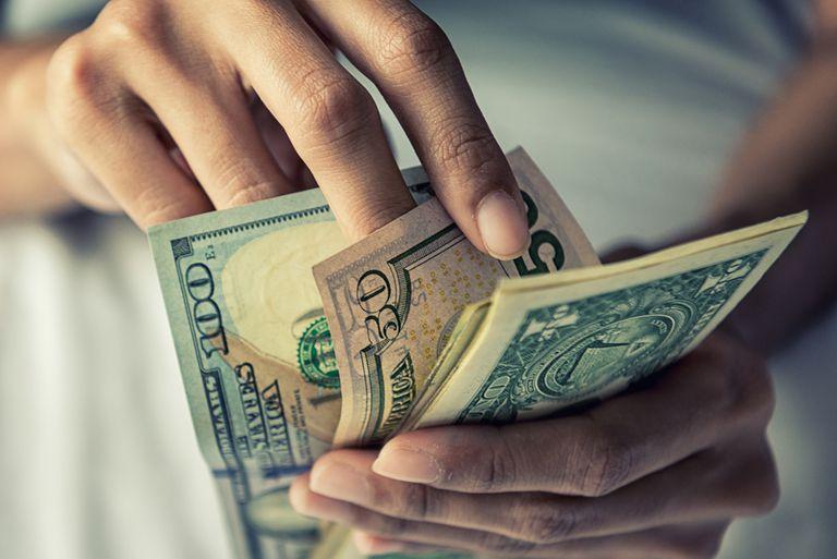 Por su diseño, denuncian que el blanqueo de capitales para aplicar a la compra de viviendas favorece la demanda de dólares en negro