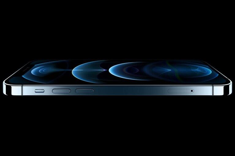 El iPhone 12 Pro tiene una pantalla de 6,1 pulgadas; el iPhone 12 Pro Max trepa a 6,7 pulgadas
