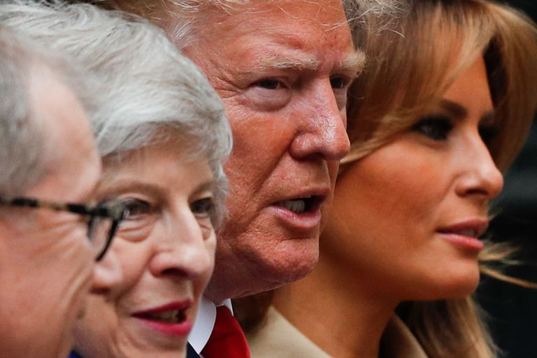 El presidente de los Estados Unidos Donald Trump y la primera dama Melania Trump se reúnen con la primera ministra británica Theresa May y su esposo Philip en Downing Street