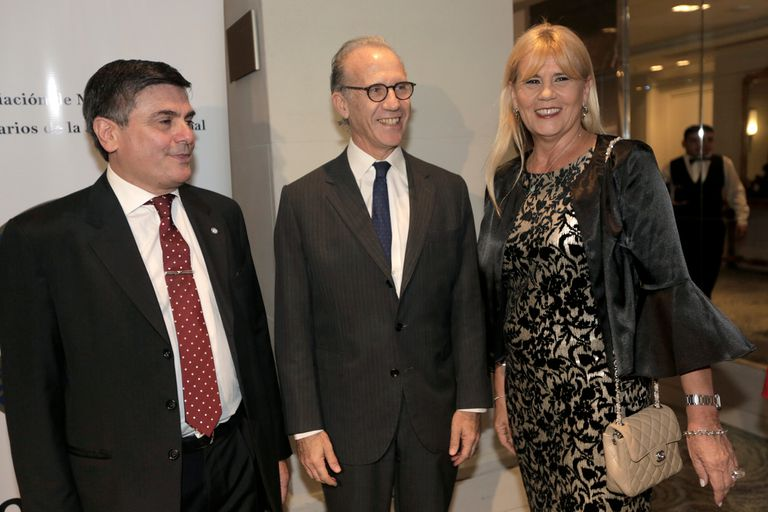 Gallo Tagle con Rosenkrantz, presidente de la Corte, y la ministra de Justicia, Marcela Losardo