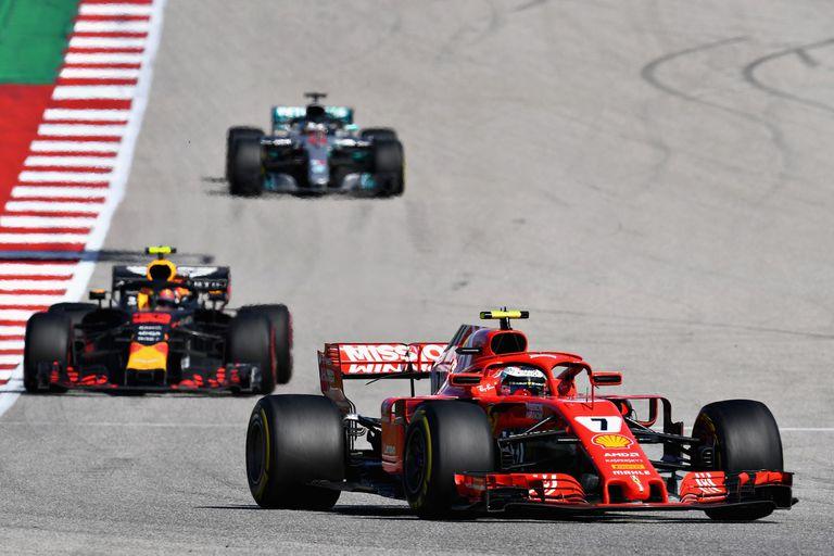El título de Hamilton puede esperar: Raikkonen festejó en la Fórmula 1