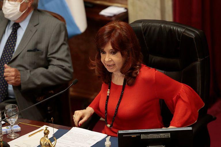 Cristina Kirchner tuvo un descuido inesperado en la sesión legislativa de este jueves