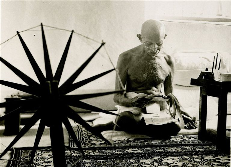 El célebre retrato a Gandhi antes de que fuera asesinado