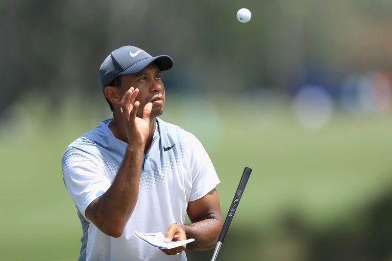 The Players: Tiger Woods levantó al público, pero Webb Simpson es el bastonero