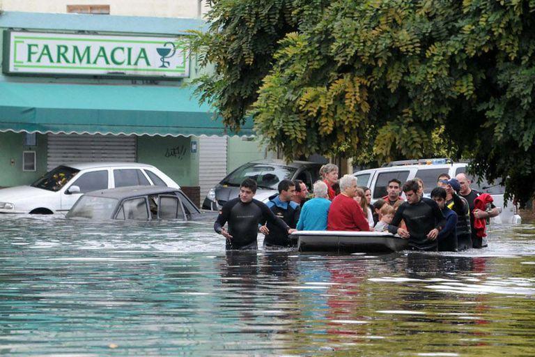 Inundación en La Plata: el acusado recibió por condena una multa de 12.500 pesos