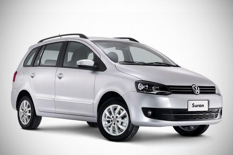La versión rural del VW Fox lleva vendidas 440.000 unidades en el mercado local; con precios promocionales, encabezó la lista de patentamientos en diciembre; en Pacheco fabricarán el Tarek