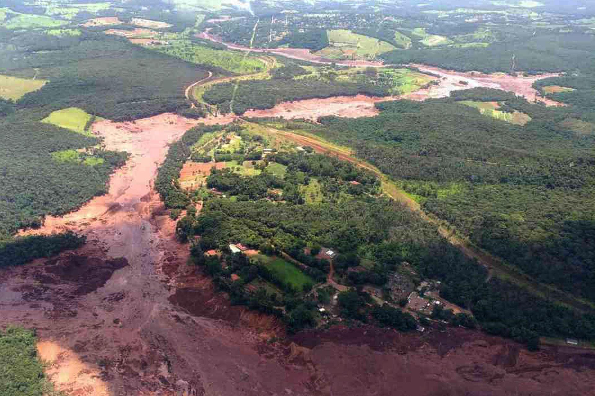 El dique de desechos de una mina se rompió en Brumadinho, en el estado de Minas Gerais, en Brasil