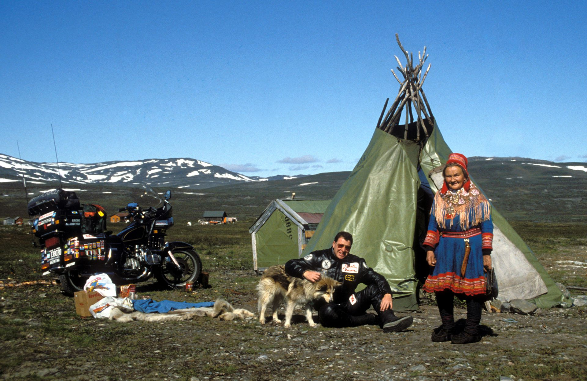 Por las tierras heladas de la región de Laponia en el norte de Europa