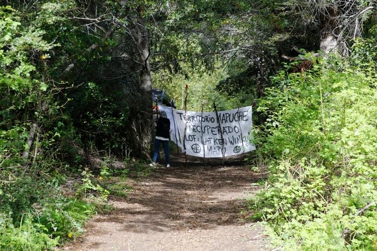 El Gobierno apuesta al diálogo con la comunidad mapuche para solucionar el conflicto por la toma de tierras en Villa Mascardi