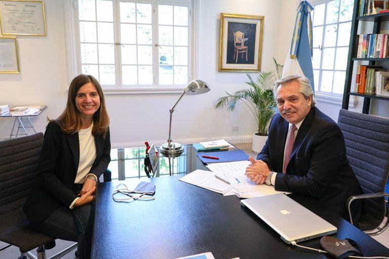 La titular de Anses Fernanda Raverta dará los detalles del nuevo bono de $15.000