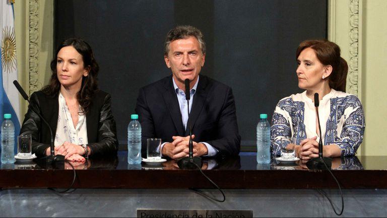 Macri, con Stanley y Michetti