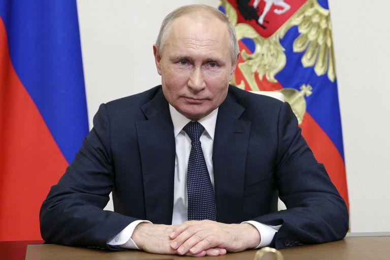 Rusia: Putin promulgó la ley que complica a la oposición para las elecciones