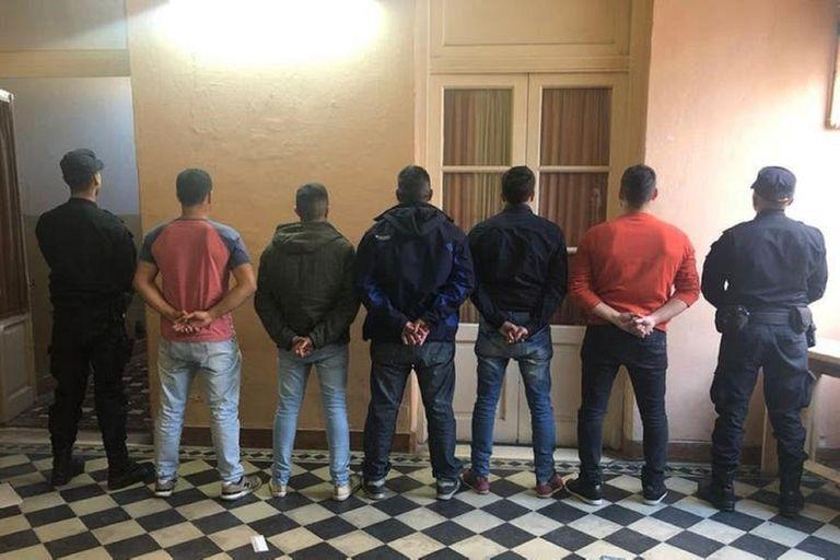 San Miguel del Monte: arrestan a una policía y son ocho los detenidos