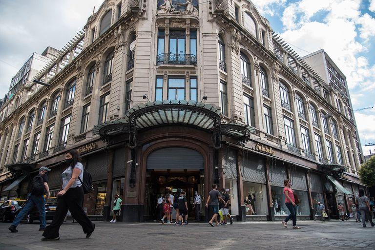 Despedida: Falabella cierra sus últimas tres tiendas en el país