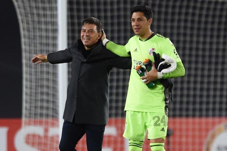 "Este martes, ante Fluminense, Marcelo Gallardo ya no tendrá que utilizar a Enzo Pérez como arquero porque ""recuperó"" a Franco Armani, Germán Lux y Franco Petroli."