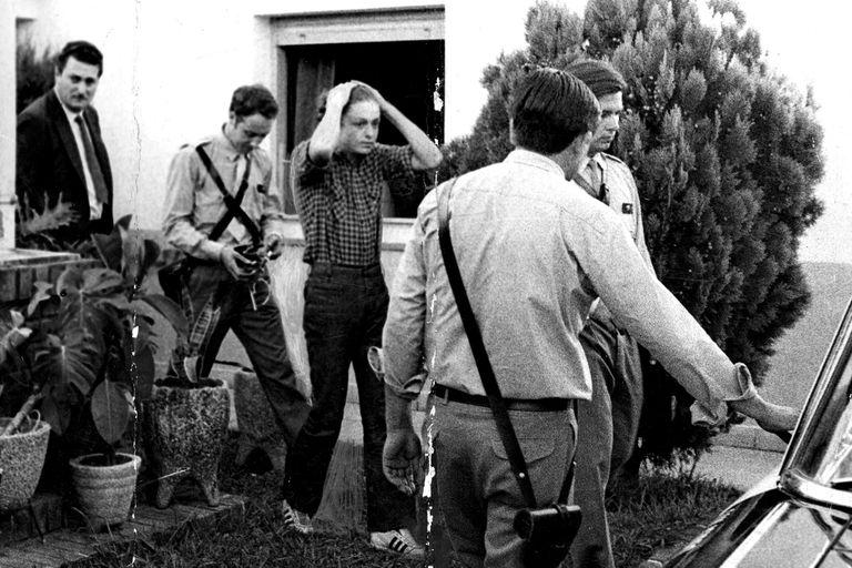 Robledo Puch durante la reconstrucción de uno de los delitos el 11 de febrero de 1972