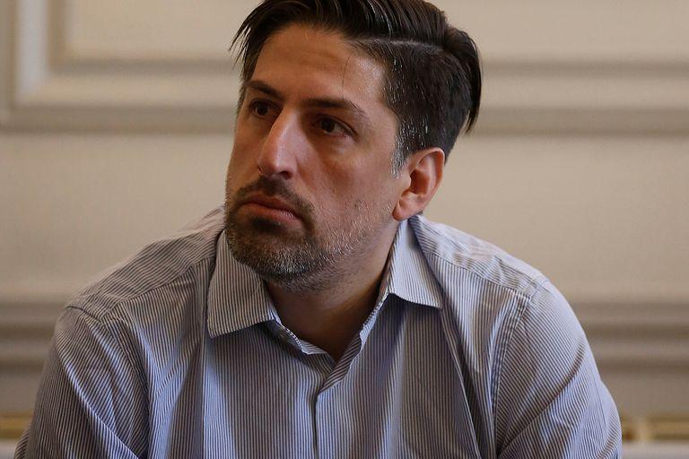 La Academia Argentina de Letras depende del Ministerio de Educación de la Nación, a cargo de Nicolás Trotta; el personal de la institución no recibe aumentos salariales desde 2019