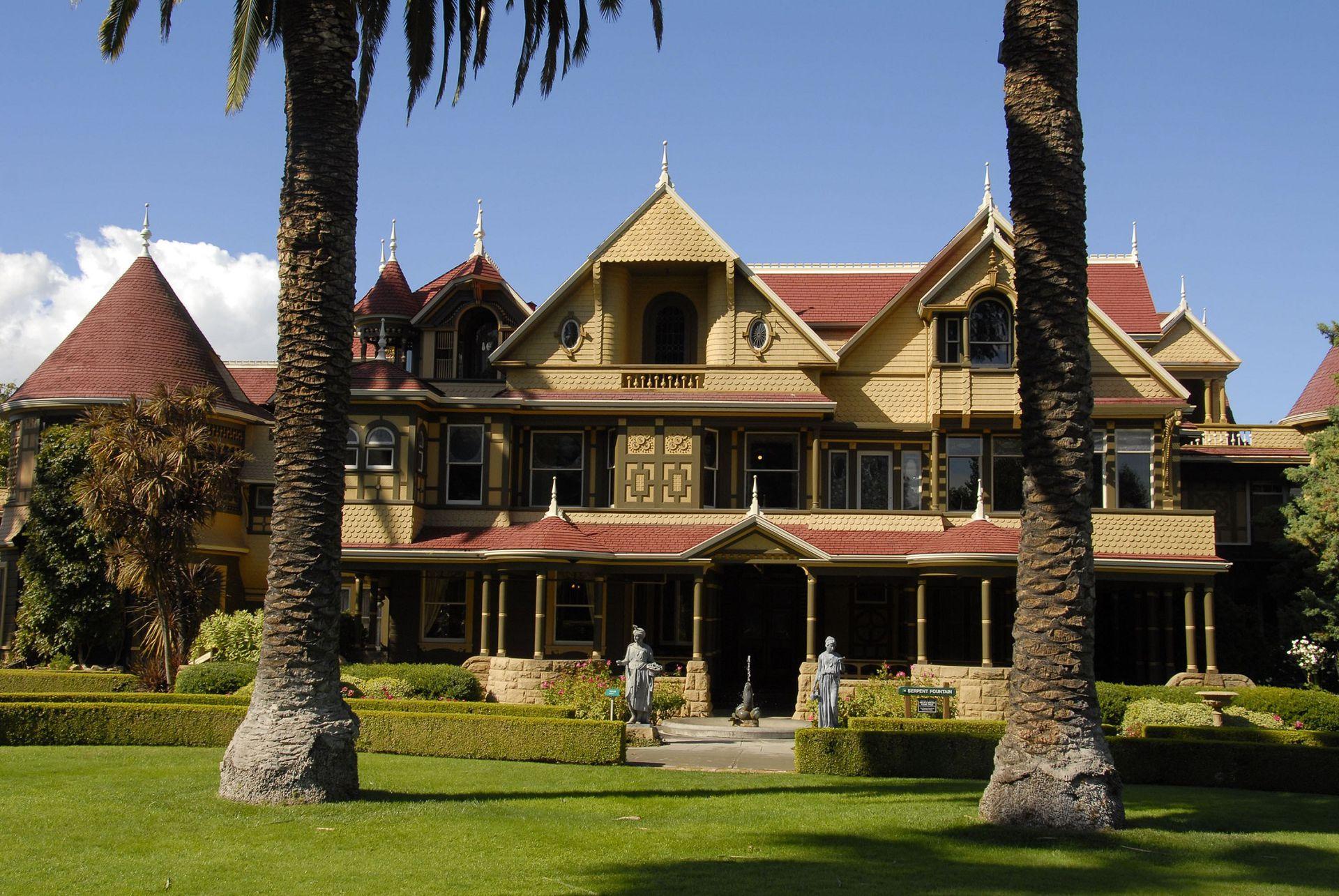 """Winchester Mystery House"", fue el hogar de Sarah Winchester"
