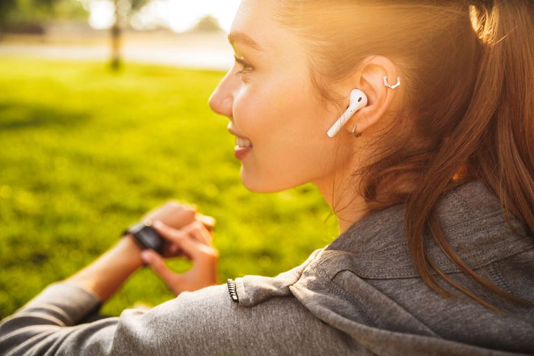 Guía de compras: cuánto salen unos auriculares inalámbricos en el país