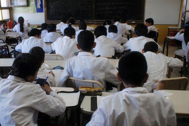 El 30% de los alumnos de cuarto grado tiene un bajo nivel a la hora de escribir