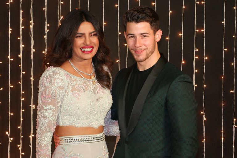 Nick Jonas y Priyanka Chopra siguen celebrando su boda en Bombay