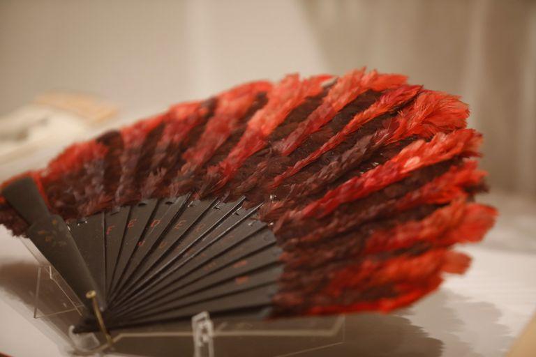 La nueva muestra del Museo Histórico Saavedra dedicada a un color: el rojo