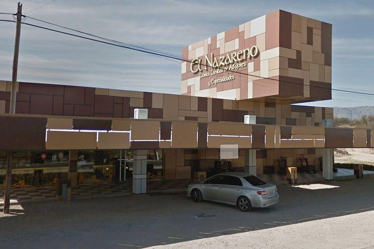 Frente de uno de los locales ubicado en la ruta 14 en Arroyo de Los Patos, en el Valle de Traslasierra