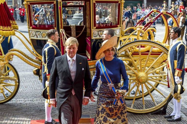 Los reyes de Holanda, Máxima y Guillermo, no utilizarán este año el carruaje de oro que suelen usar para el día del Parlamento