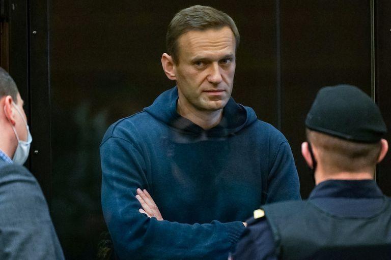 El lider opositor ruso, Alexei Navalny, en la corte en Moscú, donde fue condenado a tres años de prisión