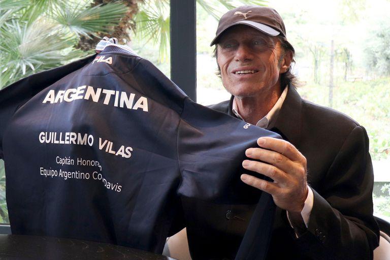Guillermo Vilas, reconocido por la AAT como Capitán Honorario de la Copa Davis y Embajador Mundial del Tenis Argentino.