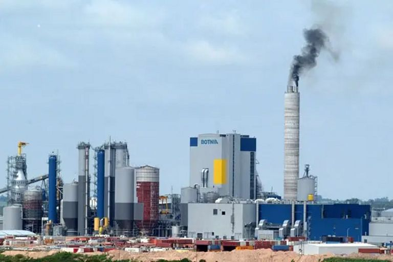 UPM (exBotnia) invertirá US$3000 millones en Uruguay en otra planta de celulosa