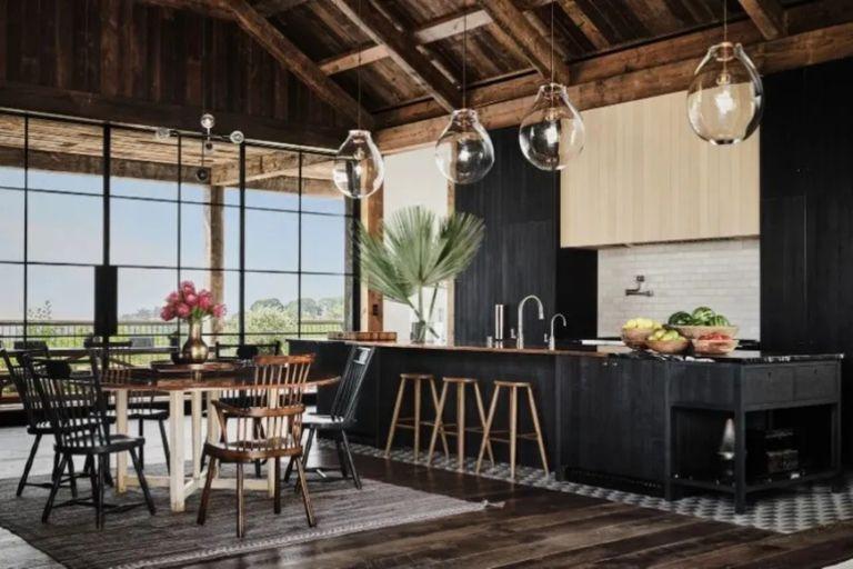 """""""Moderna y relevante"""": así le pidieron Kutcher y Kunis que se viera su casa a los arquitectos que la diseñaron"""