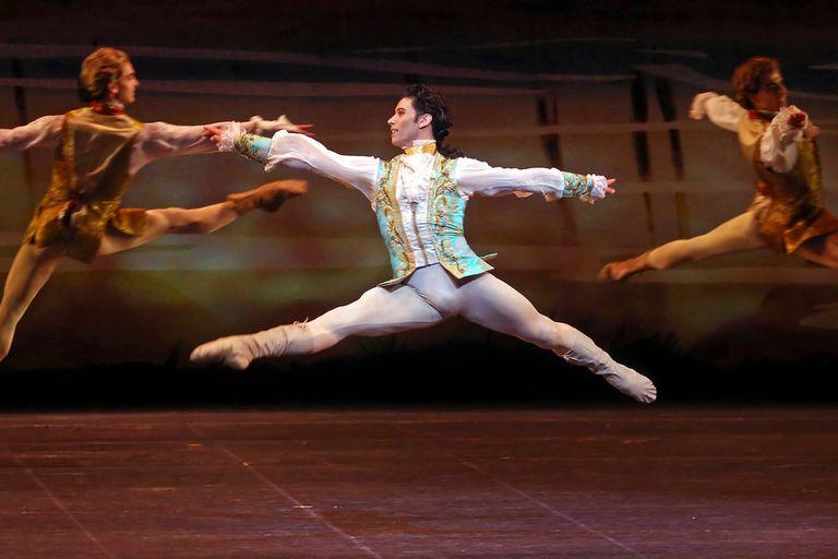 """Cornejo bailó los clásicos de clásicos del repertorio, de """"La bella durmiente"""", con el ABT"""