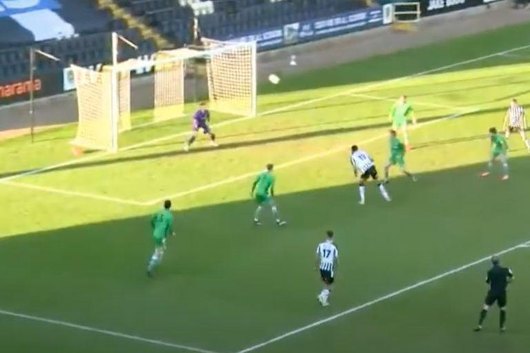 El gol del delantero belga de Notts County, Elisha Sam, directo al Premio Puskas 2021