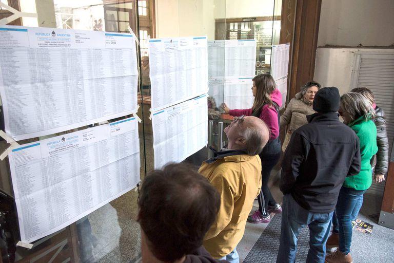 Los ciudadanos viven unas elecciones trascendentales para la Argentina