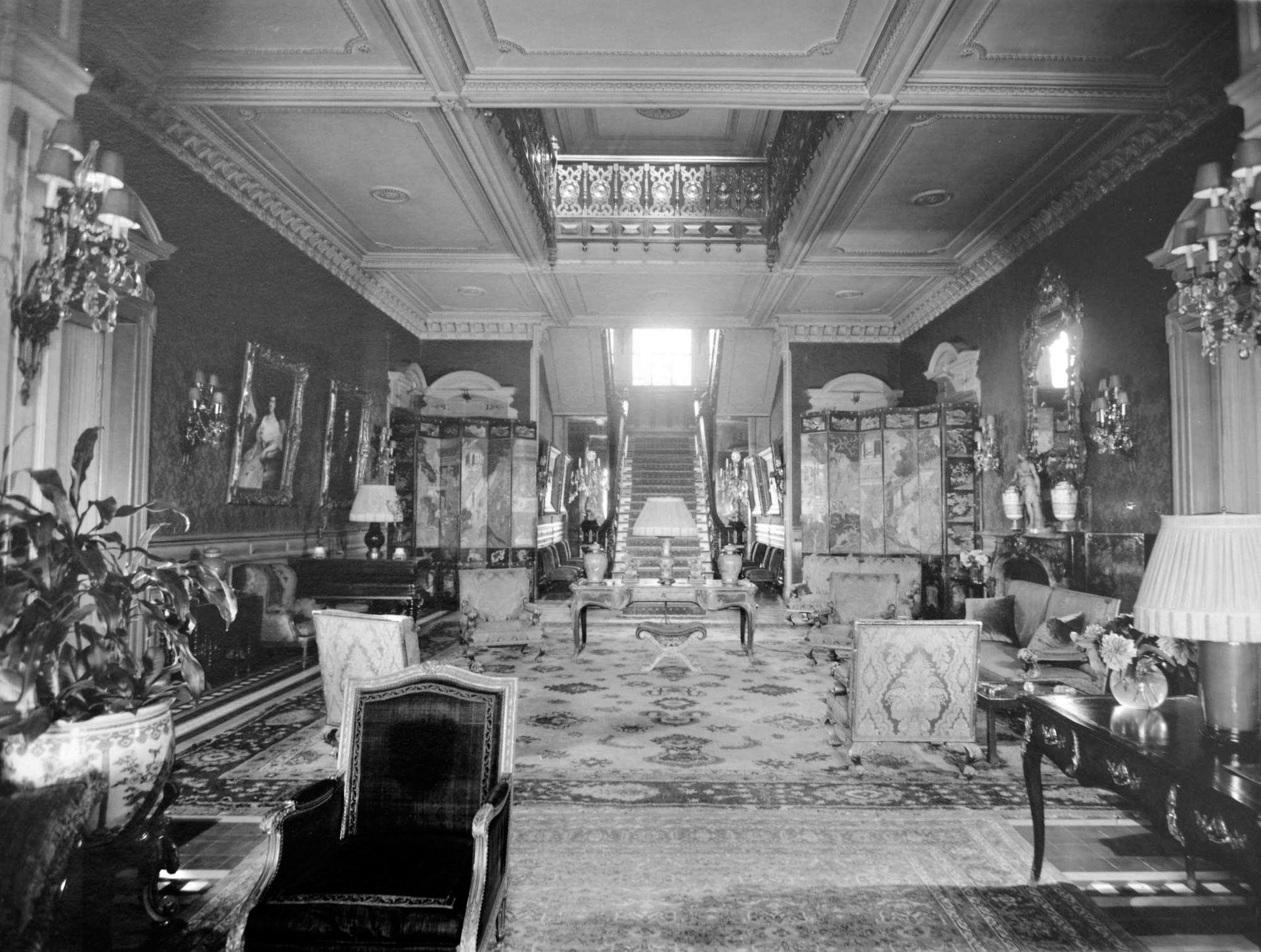 Gran hall de la planta noble, en tiempos de la familia Unzué.