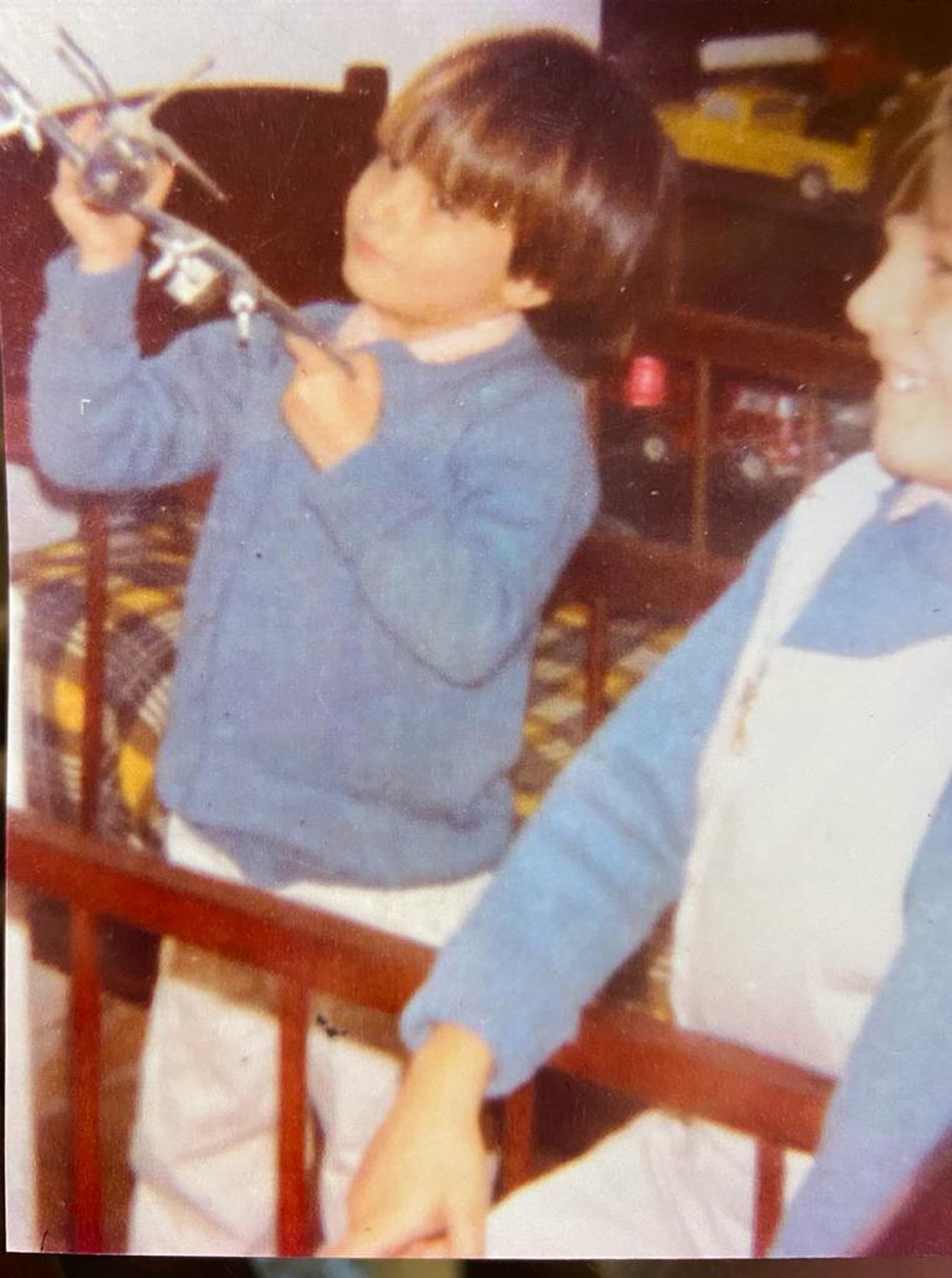Hernán Doering de niño. Su pasión coleccionista comenzó a los 7 años.