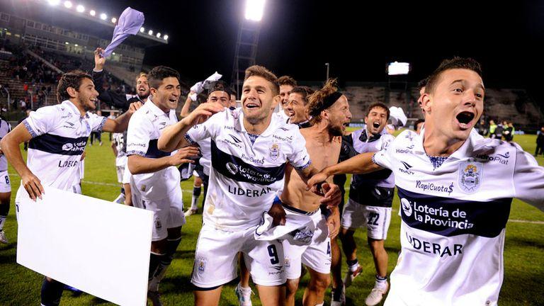 Gimnasia desató el festejo en Salta