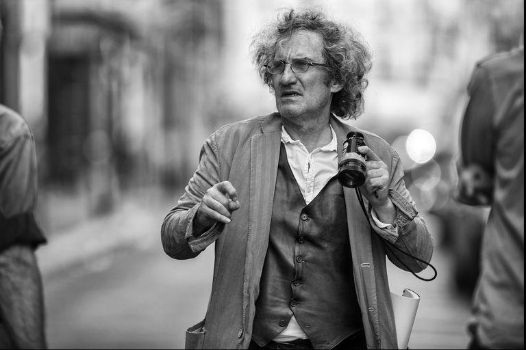 El director que filmó su primer corto en las barricadas del Mayo Francés llegó a Buenos Aires para acompañar una retrospectiva de su obra y su último film, Amantes por un día