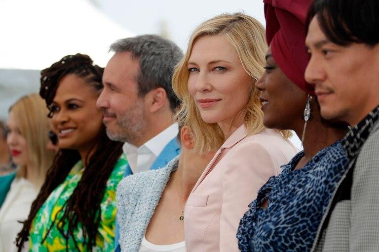 Léa Seydoux, Ava DuVernay, Denis Villeneuve, Cate Blanchett, Khadja Nin y Chang Chen, en la presentación del jurado