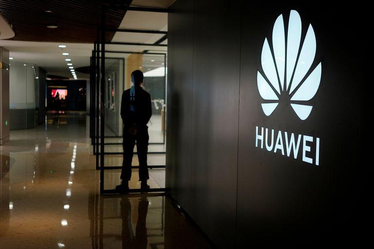 El desarrollo de la tecnología 5G y las acusaciones de espionaje están en el centro de una guerra comercial entre el país norteamericano y China que involucra a Huawei