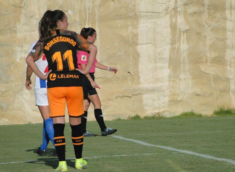 Fútbol femenino: el espectacular gol de Florencia Bonsegundo para el Valencia