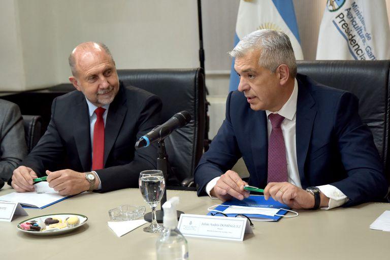 Domínguez y Perotti encabezaron una reunión del Consejo Federal Agropecuario