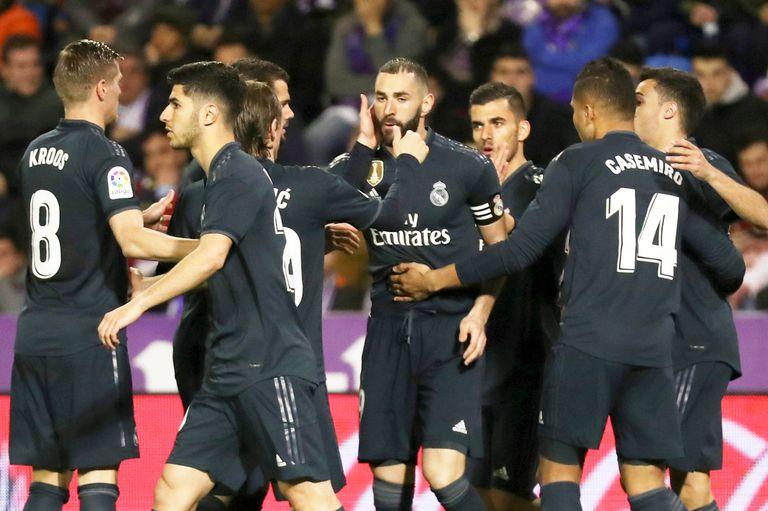 Real Madrid venció a Valladolid, pero Solari sigue en la cornisa