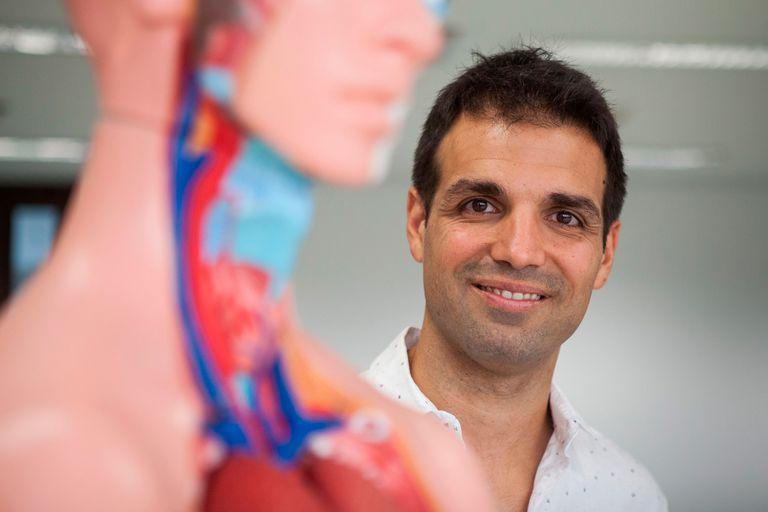 Diego Sívori, director de la carrera y miembro del Consejo Asesor de la Facultad de Ciencias de la Salud.