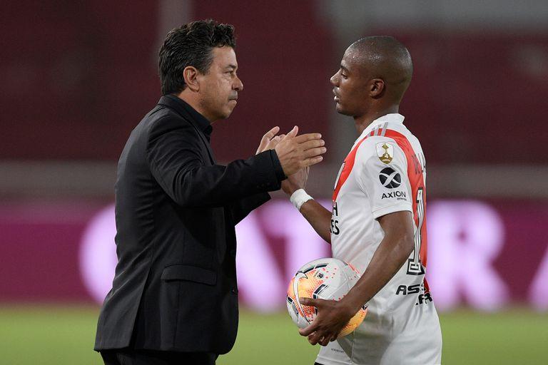 Marcelo Gallardo y Nicolás De la Cruz, uno de los futbolistas que más evolucionaron en River